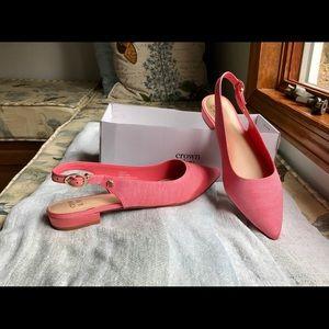 Sling back flat shoe